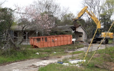 Crews demolish house to make way for new fire station, sheriff's precinct